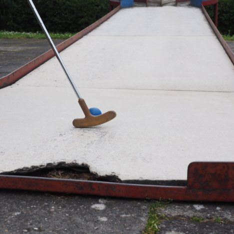 Outdoor Crazy Golf Norfolk Courses Reopening